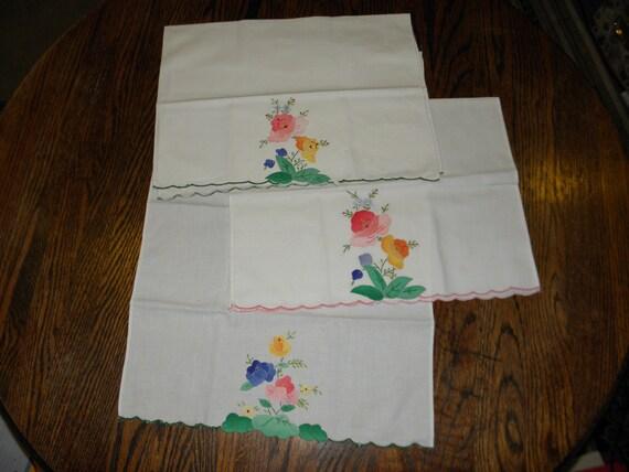 Appliqued Kitchen Towels