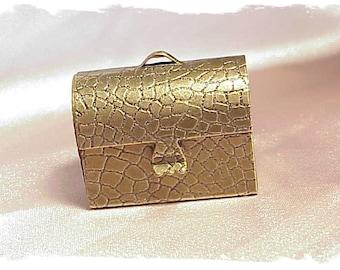 Treasure box pill box