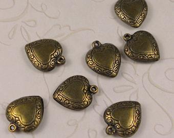 Small puffy hearts brass ox (x4)