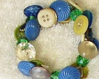 Vintage BUTTONS BRACELET, OOAK, blues, greens, pearl,  clear, sparkle, Funky Chunky