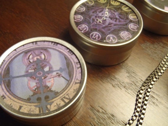 Steampunk round keepsake tin