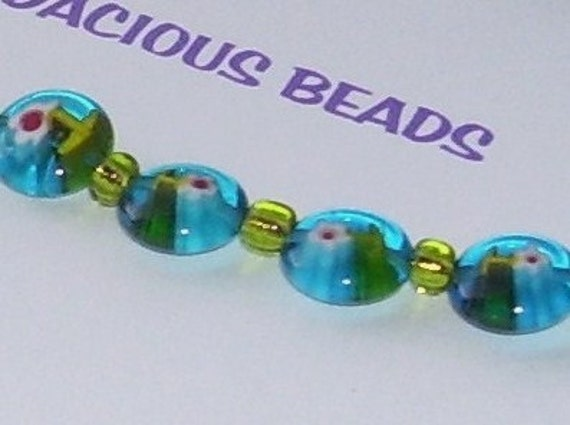 """8"""" BRACELET  Glass Beads Bright Teal and Spring Green  Floral  Silver Toggle Clasp"""
