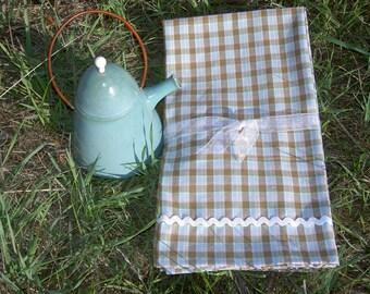 Blue Homespun Cotton Kitchen Dish Towels with White Rickrack ~ Set of 2
