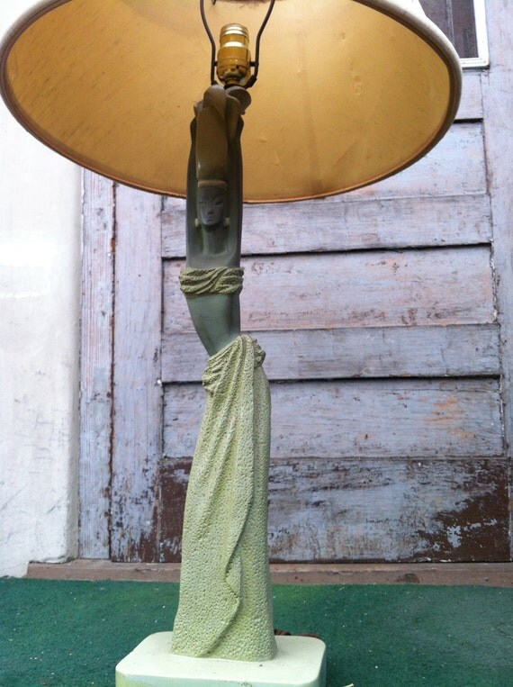 1948 REGLOR OF CALIFORNIA Green Gorgeous Woman Lamp with With Shade