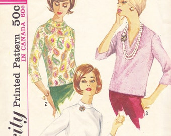1960s Mad Men or Mod Blouse or Overblouse with Collar and Sleeve Variations Vintage Pattern, Simplicity 5111