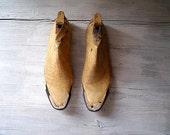 Vintage shoe molds, Whole wood Shoe molds