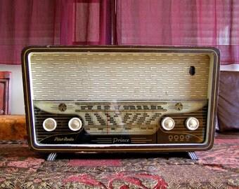 50s Antique Tube Radio, Israel Pilot Prince Radio, Mid Century Decor, Mad Men Furniture, Wood Portable Radio, Man Office Gift AM Retro Radio