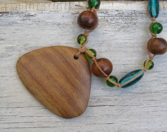 Vintage Pendant Necklace, Wood Pendant Necklaces Glass Beads, 70s Wood Necklace, Boho Pendant Necklace, Glass Beads Necklace 70s Jewelry
