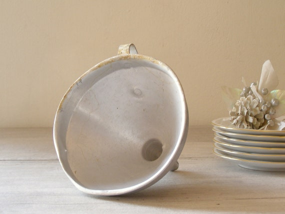 Vintage Kitchen Funnel, Aluminum rustic funnel, Farmhouse Kitchen