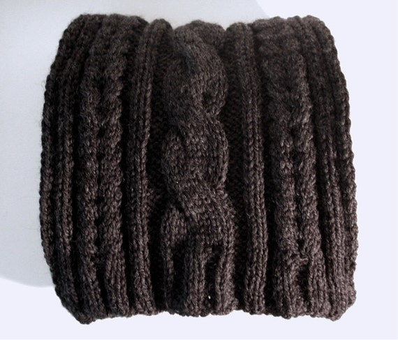 Soft & Bulky Charcoal Cable Knit Scarf