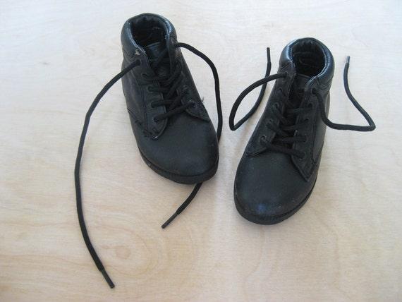 vintage kids BLACK GRANNY BOOTS Hipster Grunge Baby Size 4