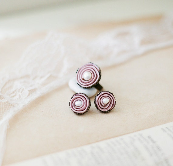 Delicate Pink Set -  Ring and Earrings