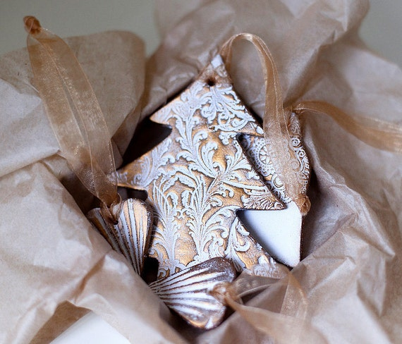 FINAL SALE Christmas Gift set of 5 decoration ornaments in white lace texture with Gold varnish