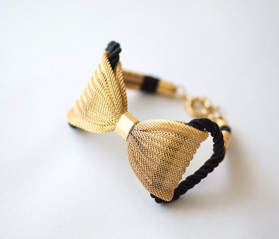 Gold plated Bow mesh with black rope bracelet by pardes israel