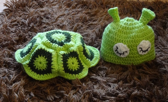 Newborn Photography Prop hat animals crochet turtle  Hat and Cape back cover Photography Prop Crochet Baby Turtle Set Hat and Cover