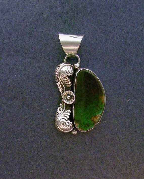 Vibrant Green Royston Turquoise Pendant
