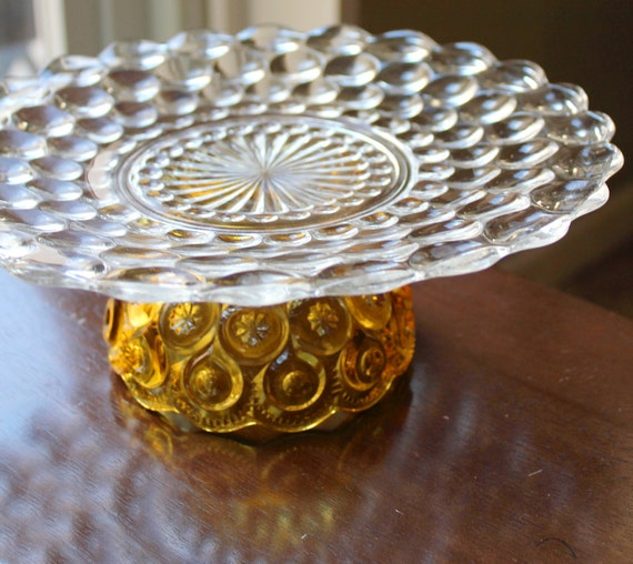 Yellow Cake Stand / Vintage Glass Cake Stand Pedestal / Cupcake Stand Truffle Pedestal / Macaron Stand Macaron Pedestal for Macarons