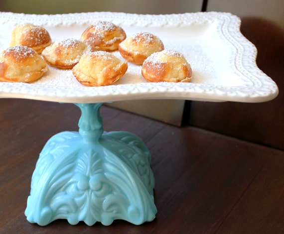 Vintage-Inspired Cake Stand in Turquoise Blue / Rectangle Dessert Pedestal / Hors D'oeuvre Tray / Truffle Pedestal / Petit Four Platter