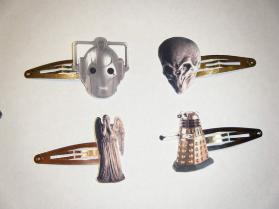 Doctor Who Monsters hairclip set