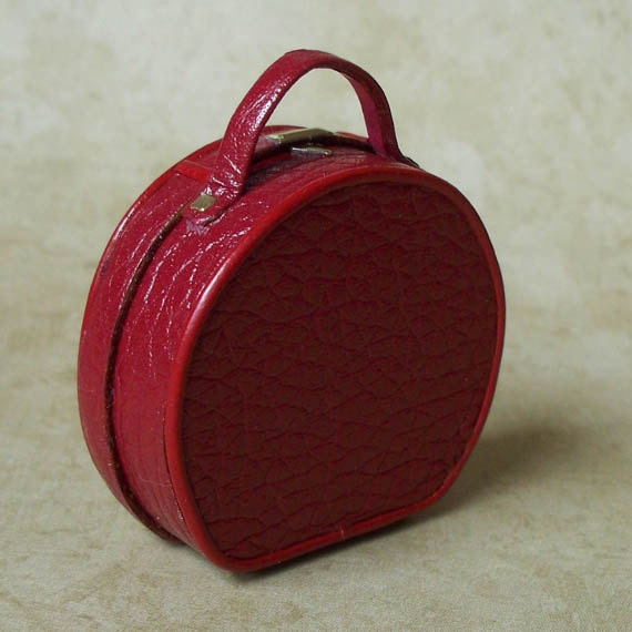 1:12 Scale Miniature Luggage / Ladies' Red Hatbox Tote