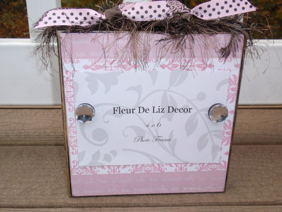 """Oh So Sweet Pink Baby Girl Photo Block with Damask Print in Pink & White Holds 4"""" x 6"""" Picture"""