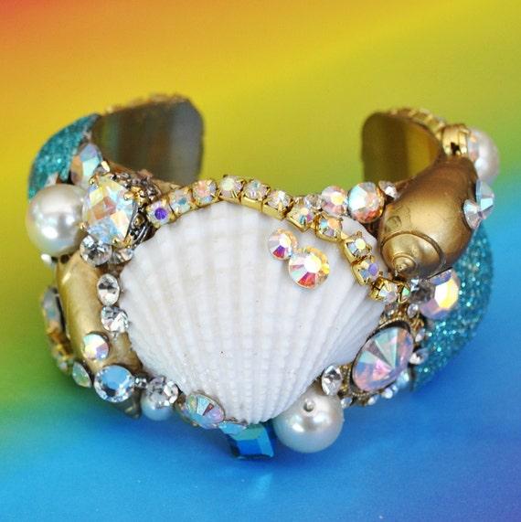 Sale Swarovski Crystal Shell of Bling Cuff Bracelet
