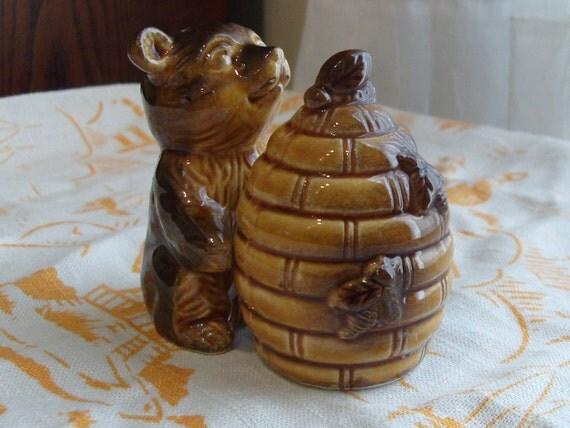 Vintage Honeybear and Beehive Salt and Pepper Shakers