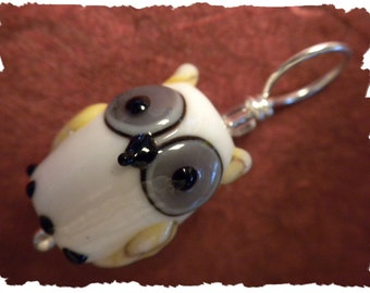 Hootinitty Owl (white) stitch marker