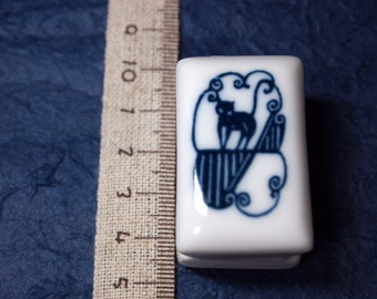 rubber stamp with porcelain handle (no.10) cat