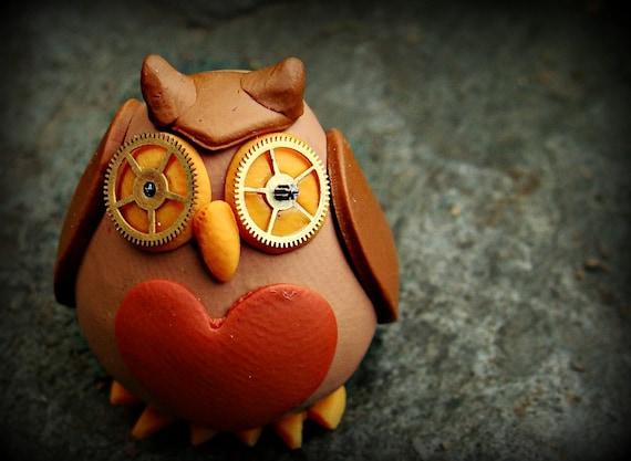 Tiny steampunk owl figurine, Ellis