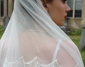 Soft Silk Tulle Veil in Ivory with Hand Applied Lace Trim