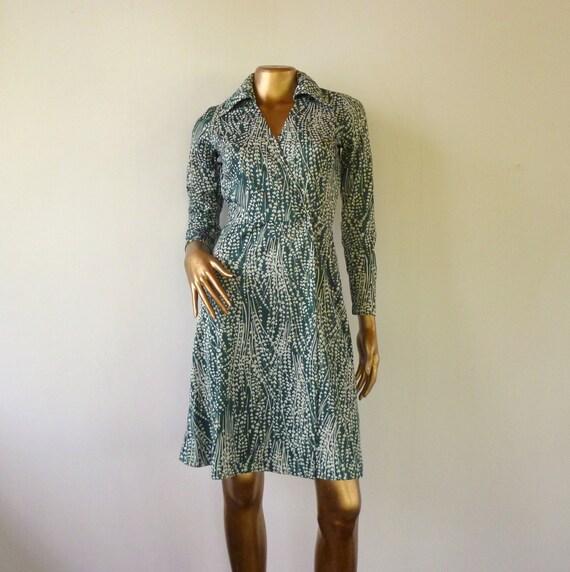 Diane von Furstenburg style wrap dress, 70's Vintage.