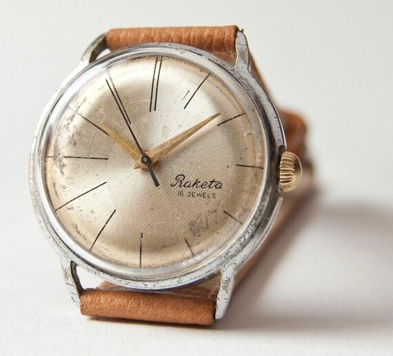 Mens watch Raketa, mechanical wristwatch, silver, sandy tones, Soviet Era