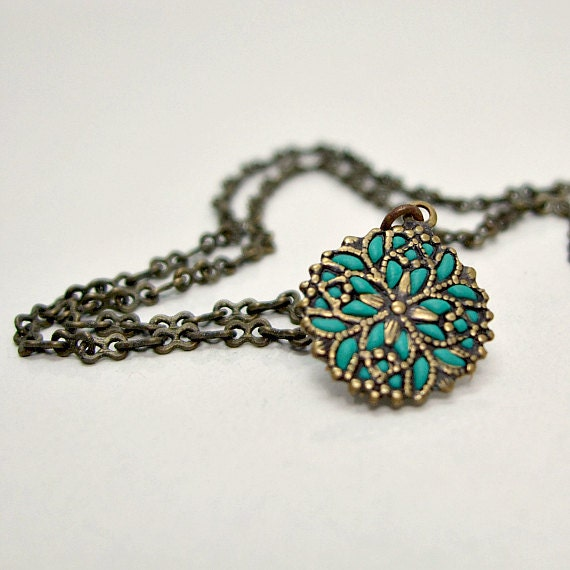 Snowflake necklace pendant  antique brass jewelry old style handmade jewelry stores online 2012