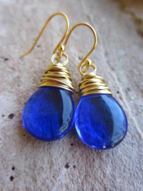 Items similar to Sapphire Blue Earrings, Blue Teardrop ...
