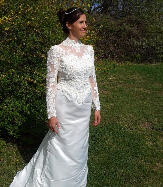 Vintage bridal gown gloria vanderbilt by izzysvintagegarden for Gloria vanderbilt wedding dress