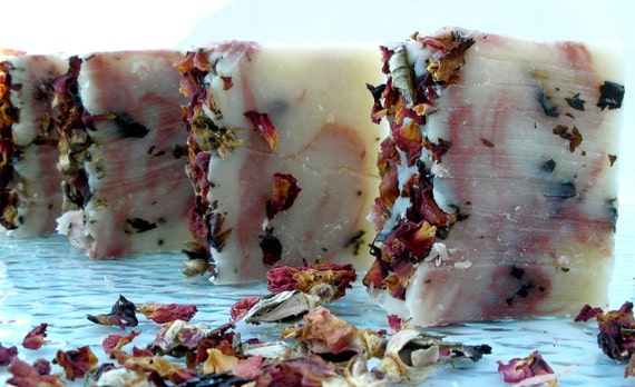 Rose Petals , enriched with goats milk, red reef clay, cocoa, shea & avocado butters