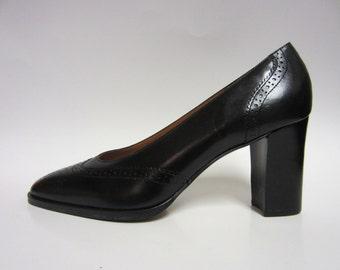 Vintage 90s Aigner Black Oxford Wing Tip Chunky Heels 9