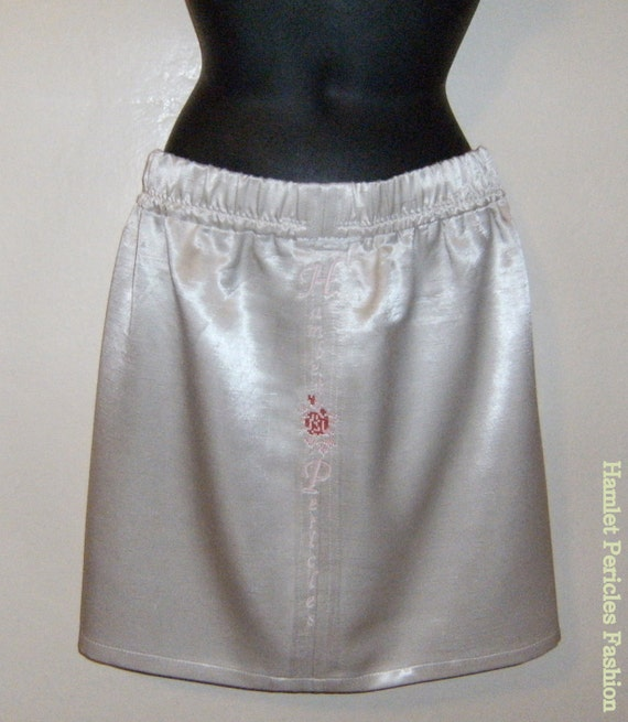 Cream satin silk pencil skirt by Hamlet Pericles