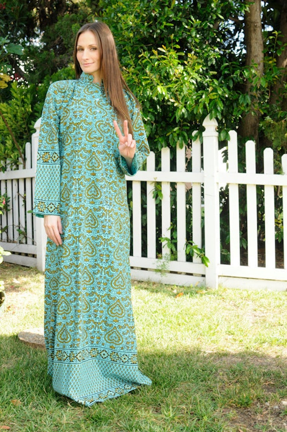 Vintage late 1960s Psychedelic Ceremonial Dress