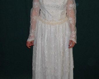 1980's tea length wedding dress.(we-02)