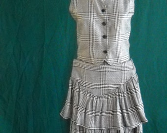 Skirt and Matching Vest 1980's checkered plaid (st01)