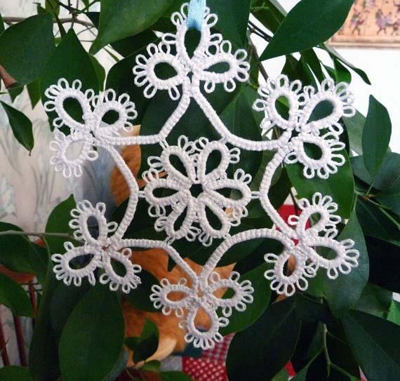 White  snowflakes  Star  tatting - christmas  - Wedding decor - Home decor