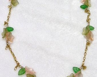 Flower Cluster Necklace  N-004