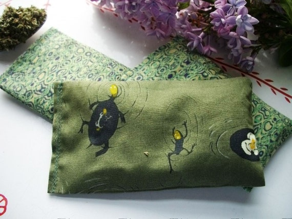 3 Kitty Kick Sticks with Organic Catnip - At the Frog Pond