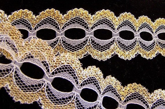 Gold / White Flat Beading Lace: 1 3/8 inches wide, 7 yards - T1018