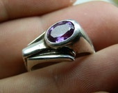 Vintage 925 Silver and Amethyst gemstone ring. Unique. Signed. Size 10.5