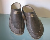 Leather Comfort Clogs for Women - Gray Lightweight -  Logo style