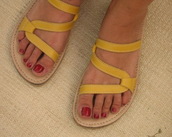 Yellow Handmade Leather Sandal for Women - Open Toe Comfort - Sushi style