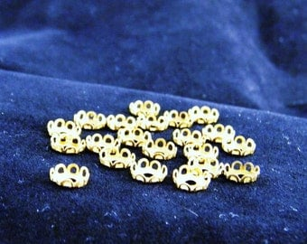 20 Vintage Brass Round 7mm Lace Bezel Settings